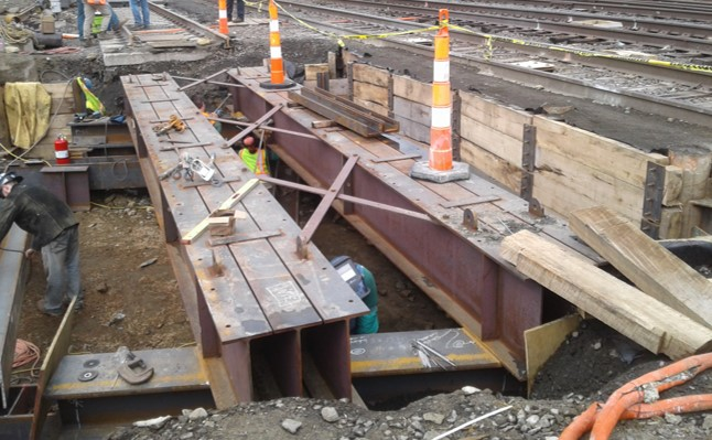 Atlantic Street Bridge Work Progresses as Track 4 Jump Span Now Installed